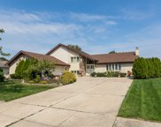 224 Waterford Drive, Willowbrook image