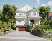 46 Villa  Road, Larchmont image