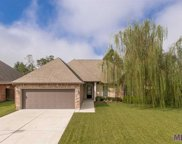 14439 Stonegate Manor Dr, Gonzales image