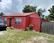 541 Ne 159th St, Miami image