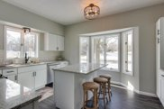 4388 Chatsworth Street N, Shoreview image