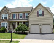 1074 Yorkshire, Upper Macungie Township image