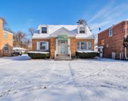 2247 South 15Th Avenue, Broadview image