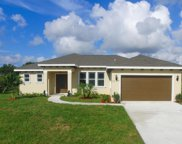 2209 SE Heathwood Circle, Port Saint Lucie image