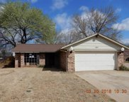 101 Cambridge Drive, Midwest City image