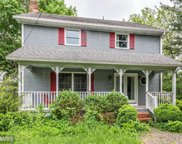 16 MULBERRY STREET, Round Hill image