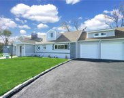 477 Clocks  Boulevard, Massapequa image