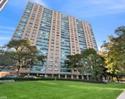 3180 N Lake Shore Drive Unit #5F, Chicago image
