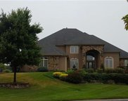 2513 Ne Willow Creek Circle, Lee's Summit image