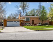 1532 E Meadowmoor Rd S, Holladay image