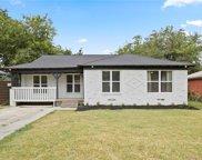 2503 Tisinger Avenue, Dallas image