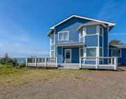 1015 Inlet Ave. Nw, Lincoln City image