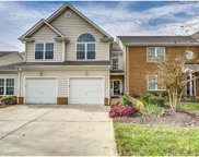 614 Hazeltine Court Unit 614, Chesterfield image