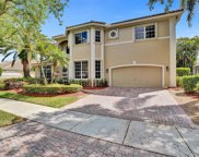 2732 Meadowood Dr, Weston image