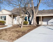 123 Hickory Ln, Levittown image