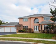 83 Bentley Court, Deerfield image