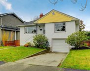 2326 Epworth  St, Oak Bay image