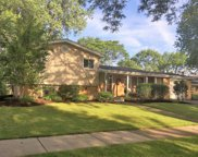 1316 North Vail Avenue, Arlington Heights image