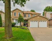 61 Flint Cres, Whitby image