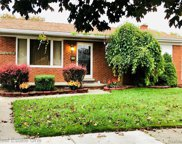 24564 Mabray Ave, Eastpointe image