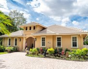 111 NE Charleston Oaks Drive, Port Saint Lucie image