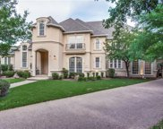 925 Parkview, Southlake image