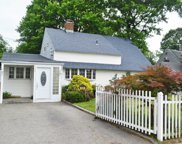 145 Orchid Rd, Levittown image
