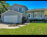 7484 S Castle Hill Cir E, Cottonwood Heights image