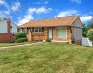 113 Lycoming Dr, Moon/Crescent Twp image