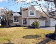 30 Hunters Pointe, Middletown image