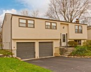 6427 Goldfinch Drive, Westerville image