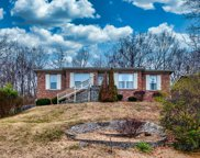 2817 Windsor Forest Dr, Louisville image