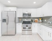 1040 Nw 96th Ter, Pembroke Pines image
