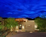 7580 N Mockingbird Lane, Paradise Valley image