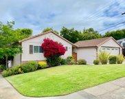 510 La Casa Ave, San Mateo image