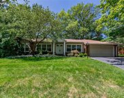 33 Oakland Hills, Chesterfield image