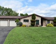 155 Fresh Meadow, Franklin Township image