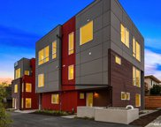 811 N 42nd St, Seattle image