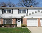 2828 East Bel Aire Drive, Arlington Heights image