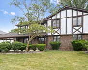 6723 Kingswood Road, Willowbrook image