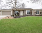 10013 Lakewood  Drive, Zionsville image