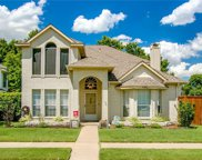 542 Village Green Drive, Coppell image