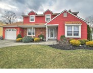113 Meadowview Circle, Evesham Twp image