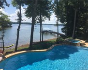 143 Hunters Pointe, Mooresville image