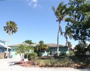 3193 Lakeview Dr, Naples image