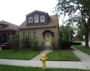 2000 South 19Th Avenue, Broadview image