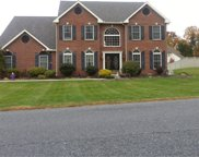 727 Rivervale Road, Reading image