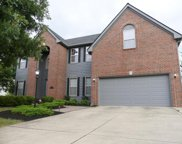 5577 Weston Trail Drive, Hilliard image