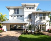221 Driftwood LN, Fort Myers Beach image