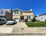 6 Seaside Ct, Margate image